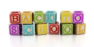 Dra tillbaka till skolatext med leksakkvarter på vit Royaltyfri Fotografi