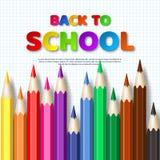 Dra tillbaka till skolatypografidesignen med den realistiska färgrika blyertspennan Arkivbilder