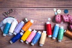 Draad en het naaien stock afbeelding