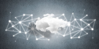 Draadloze technologieën voor verbinding en het delen van gegevens als abstract concept Stock Afbeeldingen