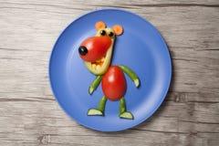 Draag gemaakt van rauwe groenten op plaat en raad Royalty-vrije Stock Fotografie