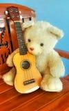 Draag pop, Teddybeer Stock Afbeelding
