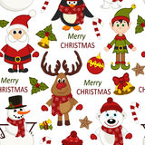Draagt het Kerstmis naadloze patroon met Kerstman, pinguïn, herten, sneeuwman, elf Royalty-vrije Stock Fotografie