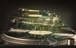 Draaischijf die klassieke muziek met pictogram getrokken instrumenten spelen Stock Afbeelding