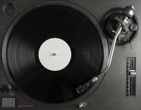 Draaischijf die vinyl dichte omhooggaand met naald op het verslag spelen Royalty-vrije Stock Foto