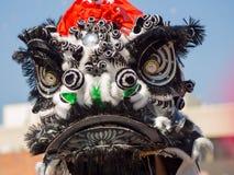 Draak en leeuwdans van beroemde Goldern Dragon Parade bij Los Stock Foto