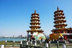 Draak en Tiger Pagodas stock afbeeldingen