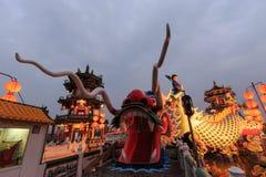 Draak van de Lente en Autumn Pavilions, Lotus Pond, Kahosiung stock foto's