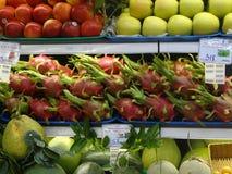 Draakfruit Pitaya in Markt bij Ho Chi Minh City-straat Stock Afbeelding