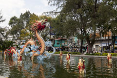 Drache in China-Stadt stockfotos