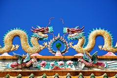 Drache-chinesisches Tempel-Dach Lizenzfreie Stockfotos