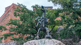 Drache des Wawel-Hügel-Atmungsfeuers Krakau Stockbild