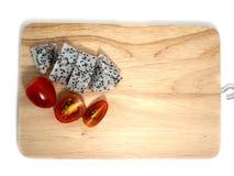 Drachefrucht- und -kirschtomaten lizenzfreie stockfotos