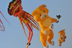 Drachen und Ballon Stockfotos