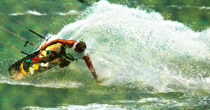 Drachensurfer auf der Welle Stockfoto