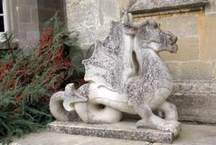 Drachestatue am Katen-Schloss in Yarpole, Leominster, Herefordshire, England Stockfotos