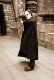 Dracula al lado de la casa vieja Imagen de archivo