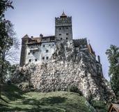 Dracula` s kasteel isn ` t zo eng in de zomer royalty-vrije stock afbeelding