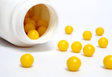 Dradees amarillos de la vitamina Imagen de archivo libre de regalías
