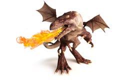 Dragão de respiração do fogo em um fundo branco. Fotografia de Stock