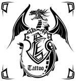 Dragão preto um tatuagem Fotografia de Stock Royalty Free