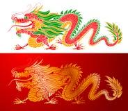Dragón chino de oro y coloreado Fotografía de archivo libre de regalías