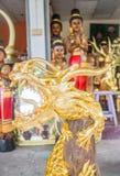 Dragón de oro de la artesanía hecho de la madera Fotografía de archivo libre de regalías