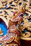 Dragón delante del templo Imágenes de archivo libres de regalías