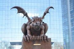 Dragón en campus de DVFU Fotos de archivo