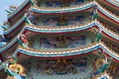 Dragón en loof en el templo de China Fotografía de archivo libre de regalías