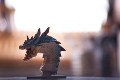 Dragón en mi cocina fotos de archivo
