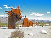 Dragón - escultura del metal Fotografía de archivo
