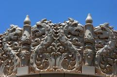 Dragões no telhado Imagens de Stock