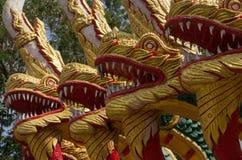 Dragões no templo tailandês Imagens de Stock
