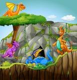 Dragões que vivem na caverna ilustração stock