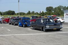 Drag cars row. Row of drag car participant waiting at the starting line during the john scotti all out, august 20 2016 Stock Photo