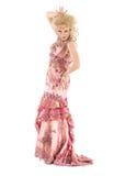 Drag queen del ritratto nell'esecuzione rosa del vestito da sera Immagine Stock Libera da Diritti