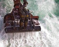 Draga en el mar Imagen de archivo libre de regalías