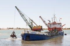 Dragaggio di Ayamonte, porto La Spagna Andalusia Fotografia Stock