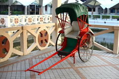 dragen rickshaw arkivfoton