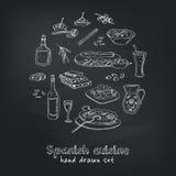 Dragen uppsättning för vektor hand av spansk kokkonst: soppa lever i vitlökpaella, mål med ris och skaldjur, stekte kakachurros Royaltyfria Foton