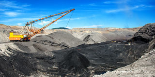 Dragline on open pit coal mine Royalty Free Stock Photography