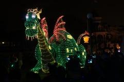 Dragón del desfile en el mundo de Disney Fotografía de archivo libre de regalías