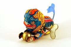Drago cinese del giocattolo di conclusione con il tasto Immagini Stock