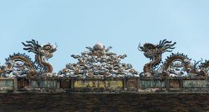 Drago sul tetto Immagine Stock Libera da Diritti