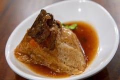 Dragon Boat Festival, culinária tradicional, costeleta feito a mão da carne imagens de stock royalty free