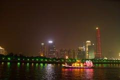 Dragon Boat i Guangzhou Kina arkivbild