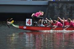 Dragon Boat Race Arkivbilder