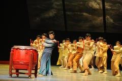 Dragon Boat Race - De derde handeling van de gebeurtenissen van dans drama-Shawan van het verleden stock afbeelding