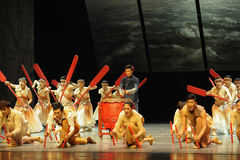 Dragon Boat Race - De derde handeling van de gebeurtenissen van dans drama-Shawan van het verleden stock fotografie